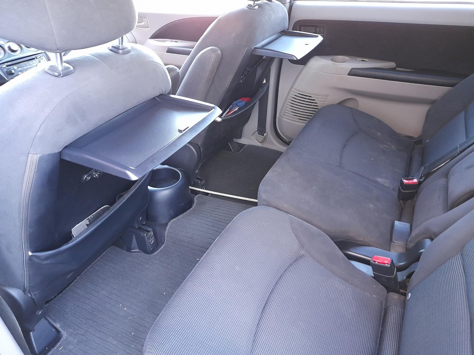 Mitsubishi grandis 7 lugares