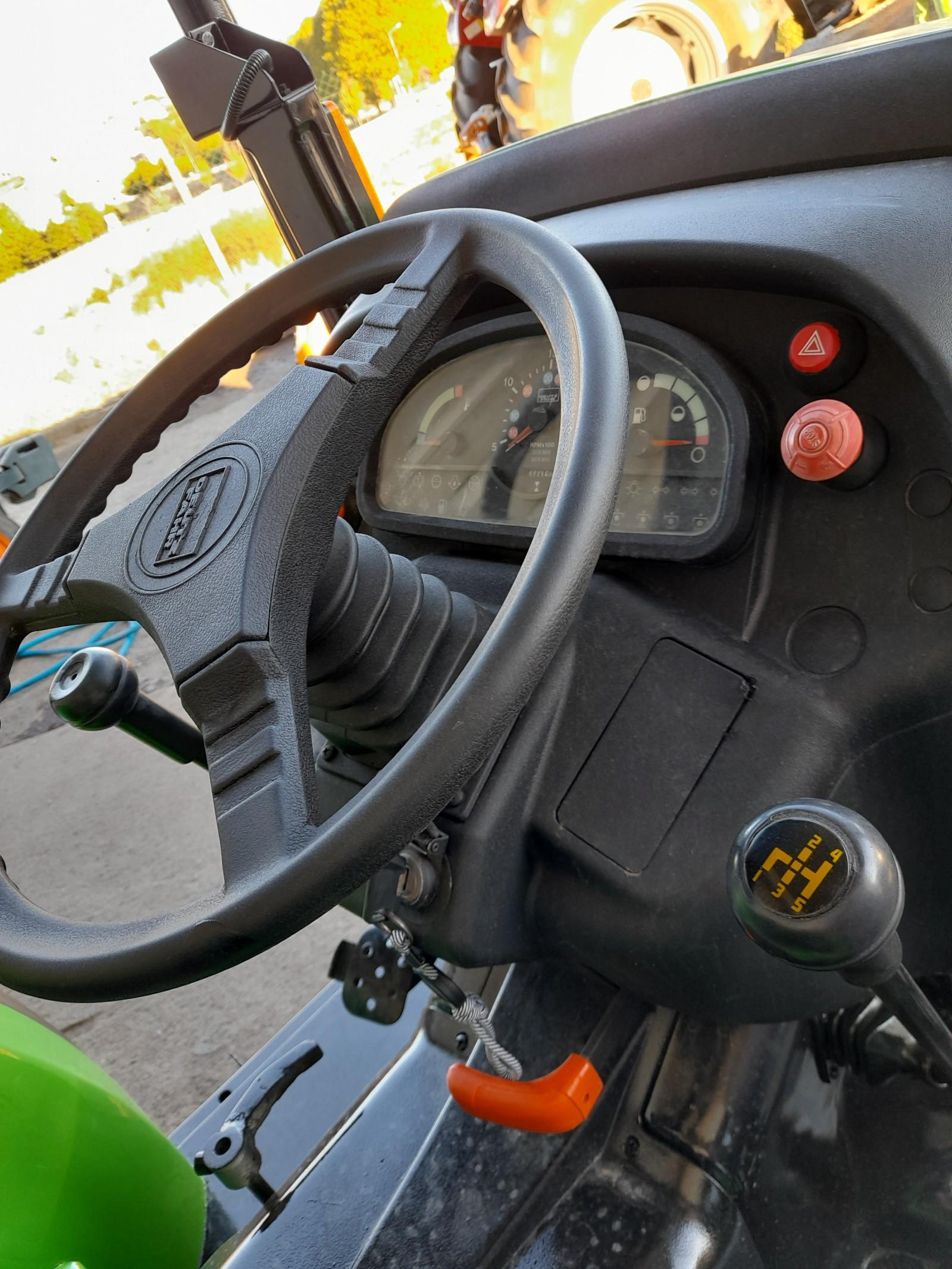 Trator deutz Agrolux f80