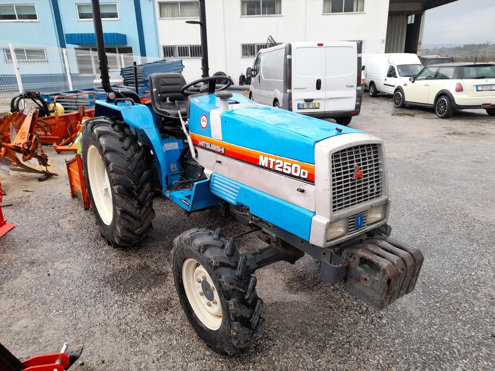 Trator mt 250 4×4