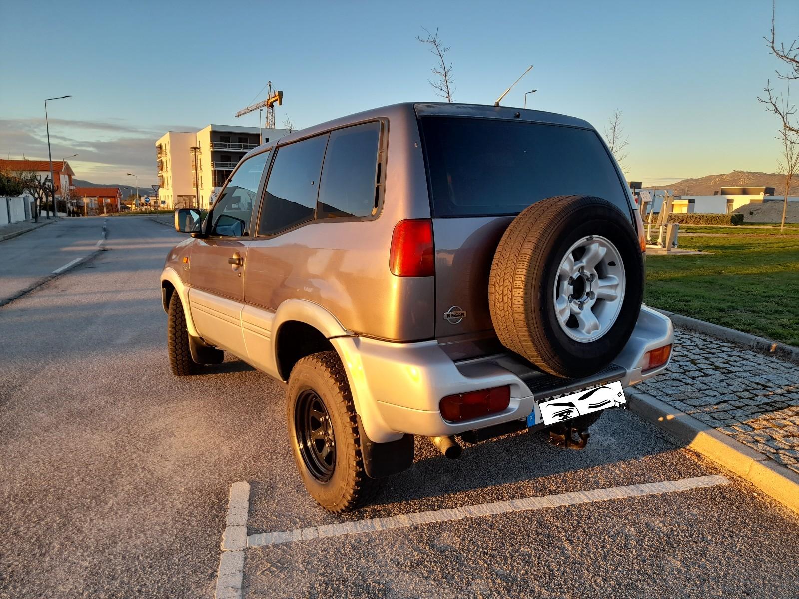 Nissan terrano II 2.7tdi SE